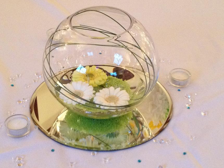 Wedding centrepiece decoration hire venue dressing for for Fish bowl centerpieces ideas