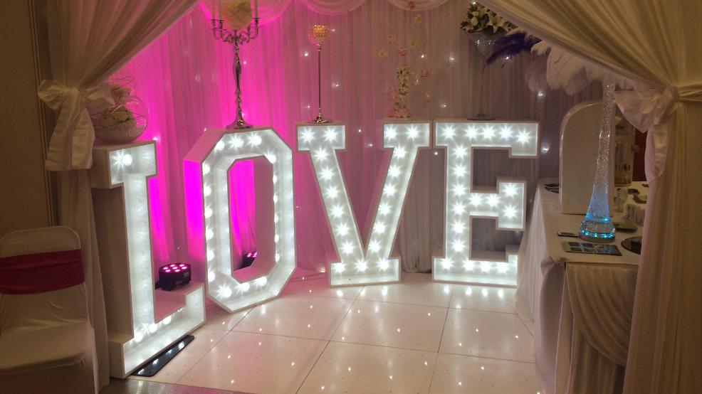 LIGHT UP LOVE LETTER HIRE PRICES, LIVERPOOL, WIRRAL, MANCHESTER, WARRINGTON, CREWE, LANCASHIRE, WIGAN